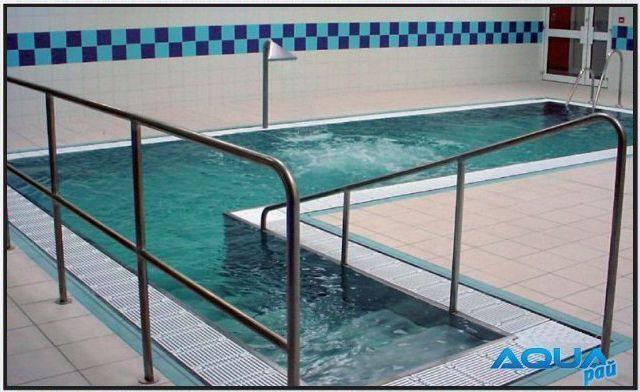 Терапевтический бассейн