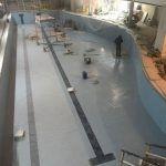 Заканчиваются облицовочные работы бассейна